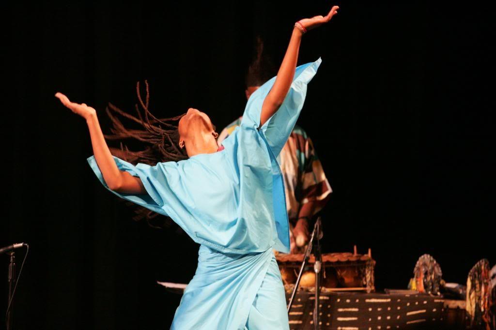 Μάθημα αφρικάνικου χορού & τραγουδιών – Αφρικάνικη γιορτή